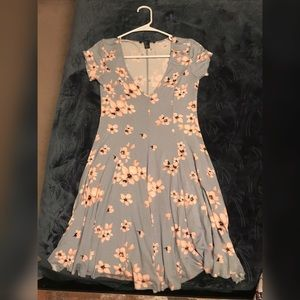 Flower Dress, size small, brand new, never worn!